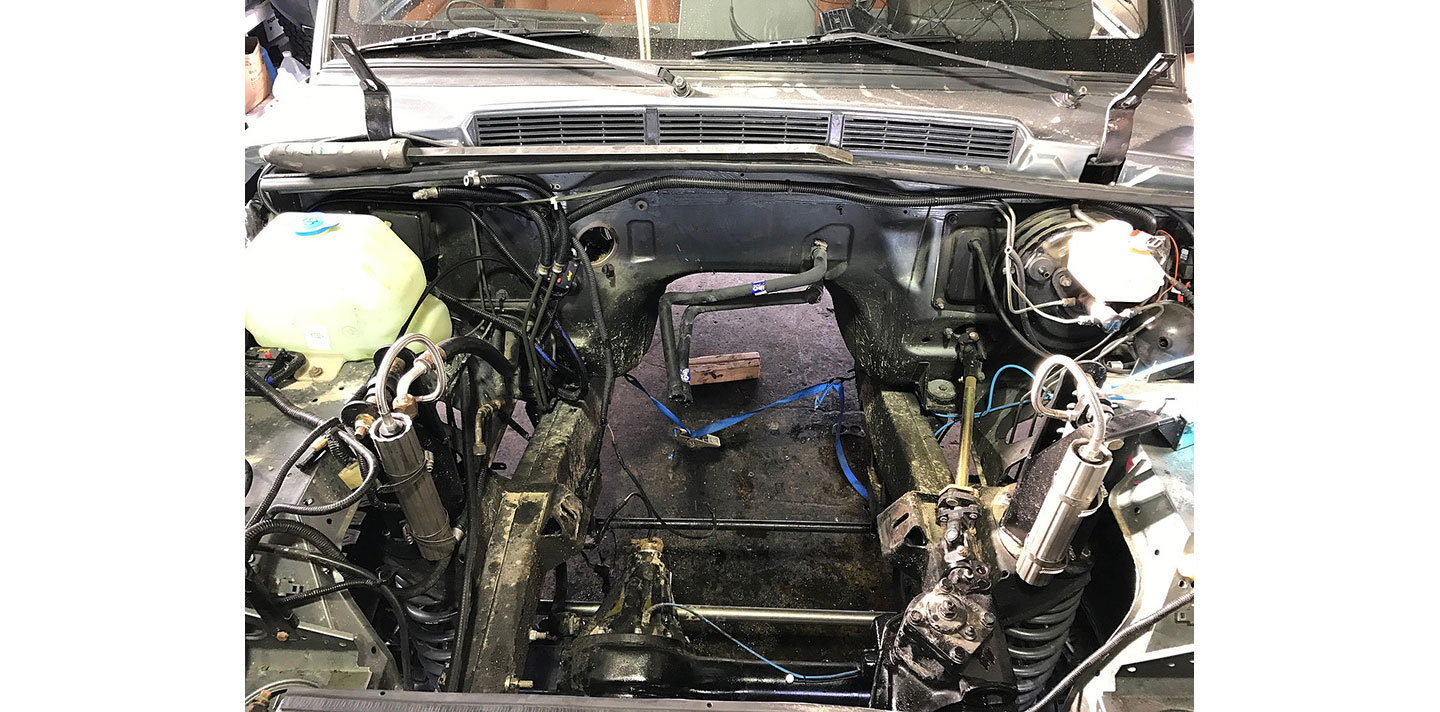 LS ENGINE SWAP ON A RANGE ROVER CLASSIC
